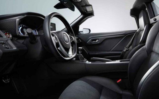 2020 Honda S2000 interior