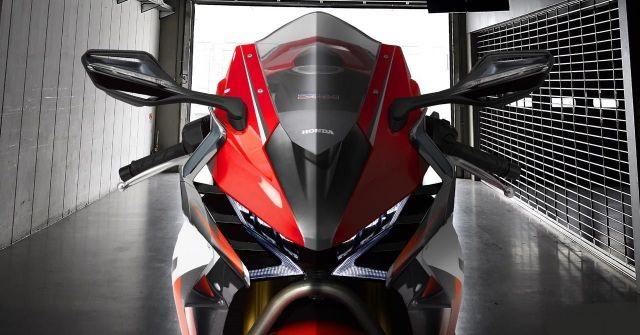 2020 Honda CBR1000RR front