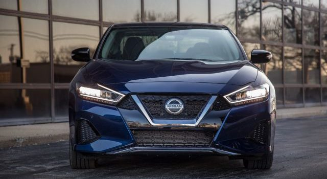 2020 Nissan Maxima Platinum front