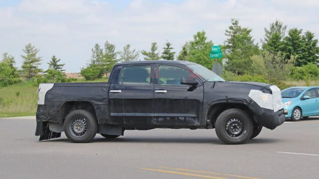 2021 Toyota Tundra side