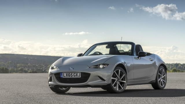 2021 Mazda Miata exterior