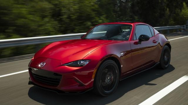2021 Mazda Miata red color