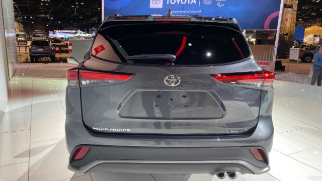 2021 Toyota Highlander XSE rear
